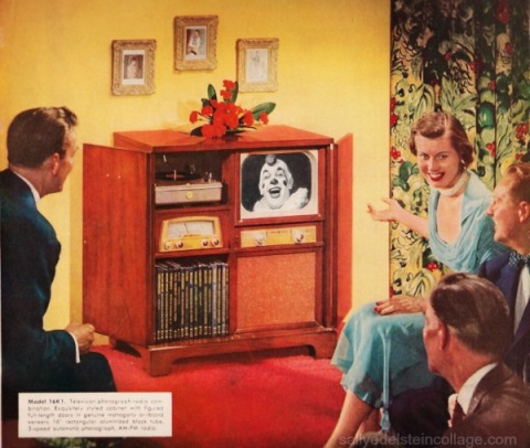 vintage picture 1950s people watching TV