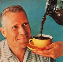 mnan drinking coffee