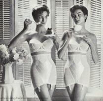 Vintage Warners Girdle ad 1955