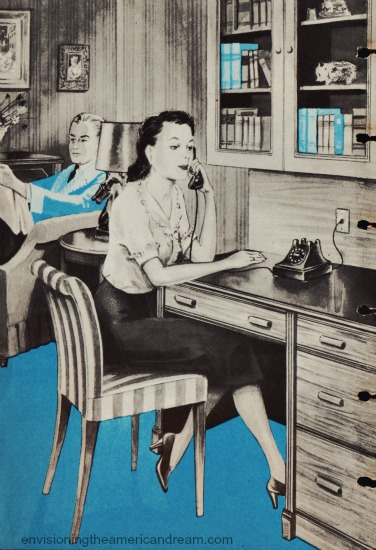 Vintage illustrationwoman sitting at desk talking on the phone