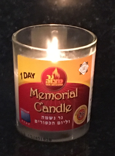 Yartzeit Memorial candle