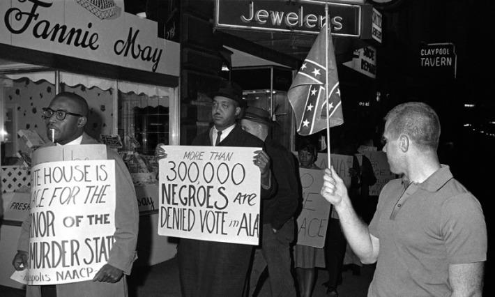 vintage photo civil rights demonstarors voting laws 1964