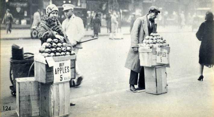 NY Apple Sellers Depression 1930