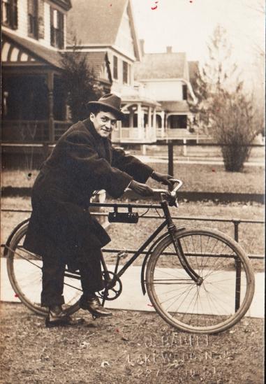 Vintage Photo 1918 man on bicycle