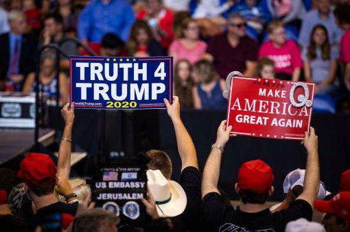 QAnon signs at Trump Rally