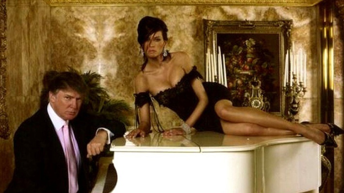 Donald Trump and Melania on piano 2013