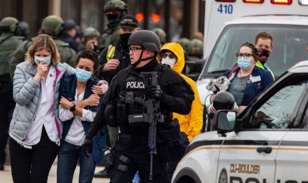 Police move in on active shooter in Colorado Supermarket
